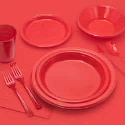 9 In. Red Plastic Plates - 8 Ct.